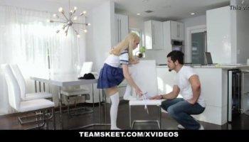 Girl gets flexible for sex
