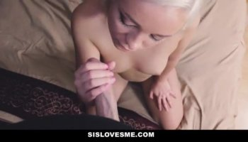 Kristen Scott and Kimmy Granger are licking pussy and squirt