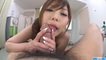 Young Presley Hart gives great blowjob to her boy