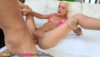 Two pretty babes are sharing dudes tough cock